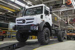 Serienstart der hochgeländegängigen Unimog-Baureihen am 15.07.2014