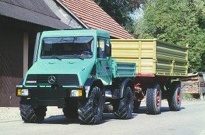 U 140 ( U418.102) im landwirtschaftlichen Transporteinsatz.